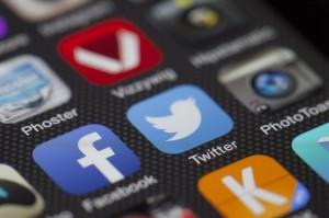 les réseaux sociaux en 2015 sont mobiles